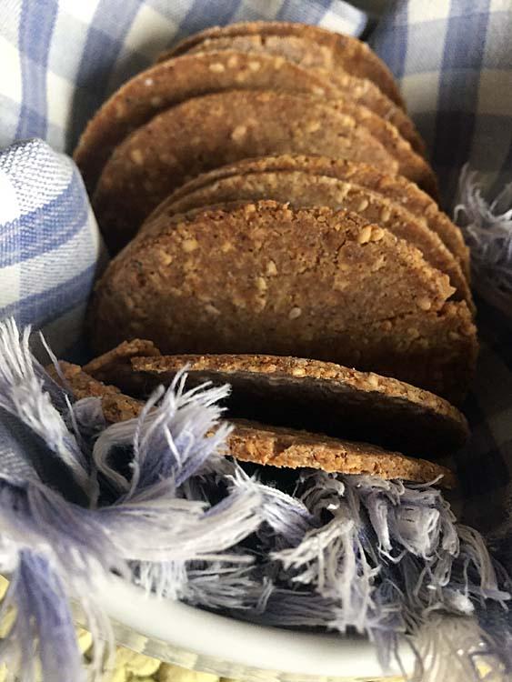 Crackers senza glutine con sesamo